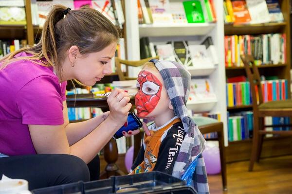 makijaże dziecięce malowanie buziek