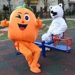 maskotka_pomaranczy