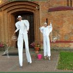 szczudlarze na ślub