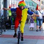 klaun cyrkowiec